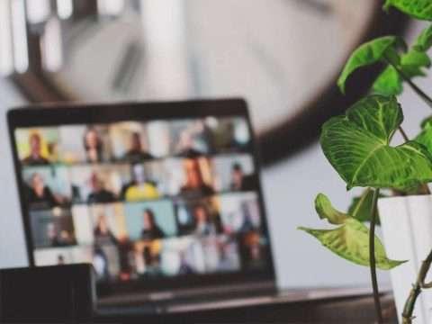 i vantaggi del digitalizzare la propria azienda photo by Sigmund on unsplash.com